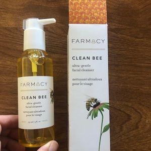 Farmacy Clean Bre ultra gentle facial cleanser